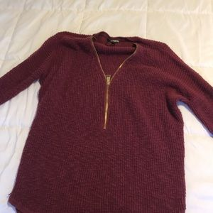 Express sweater with gold zipper